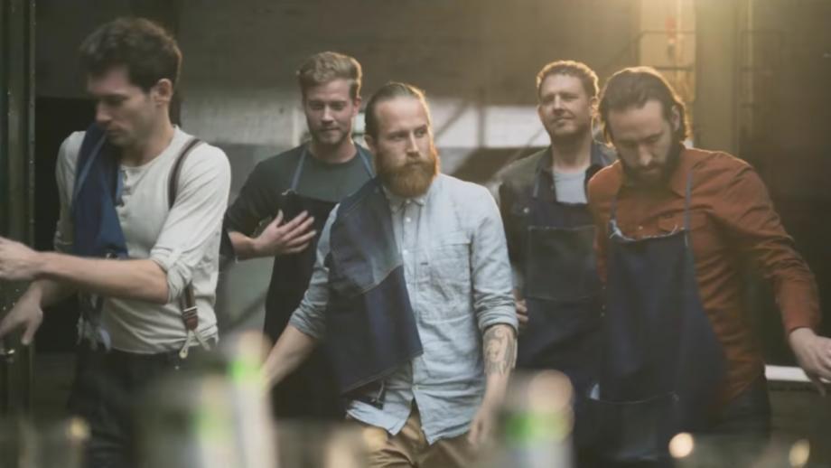 De hipsterbaardbrouwers uit de introductiecommercial (2013)