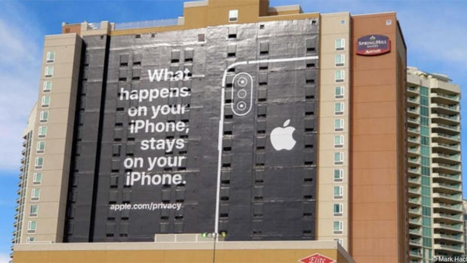 Apple-billboard