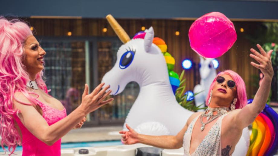 SodaStream presenteert tv-uitzending van Pride Pool Party