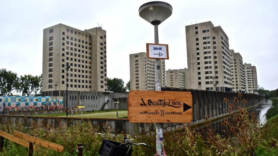 A Beautiful Mess in de voormalige Bijlmerbajes