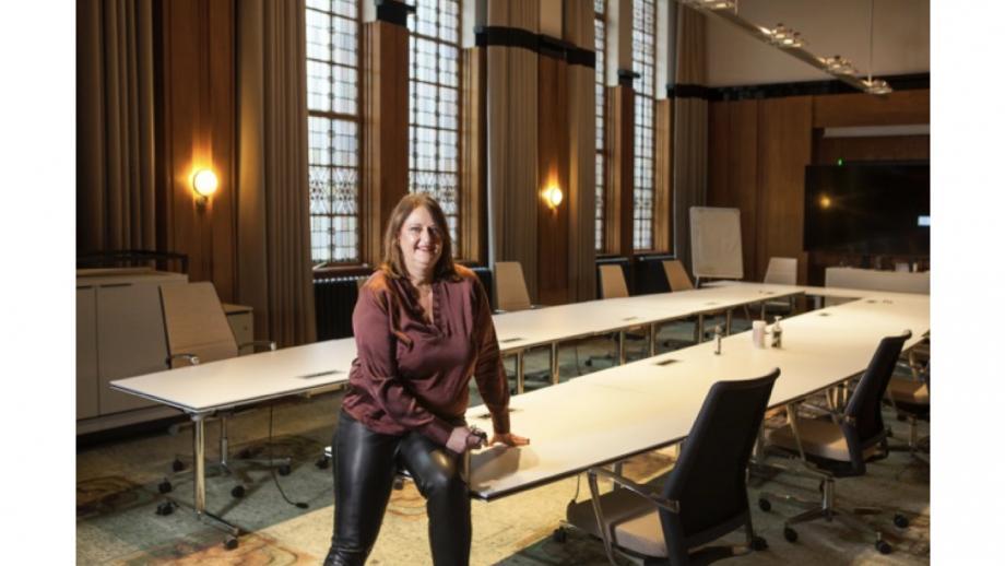 Inés Plasmans-Levert - Directeur Communicatie en Externe Betrekkingen, Prorail
