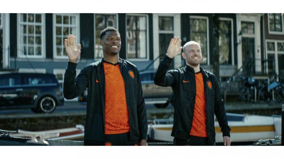 Denzel Dumfries en Davy Klaassen in Ek-campagne Staatsloterij