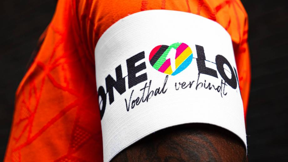 OneLove-aanvoerdersband Oranje