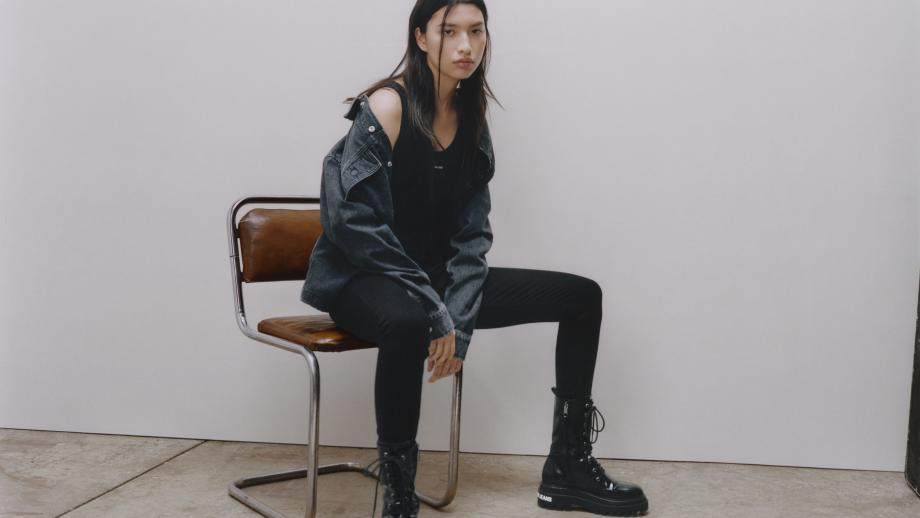 Calvin Klein presenteertvideo-miniserie over hoe je jeans moet stylen