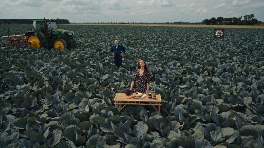 Hak-commercials: altijd in het veld