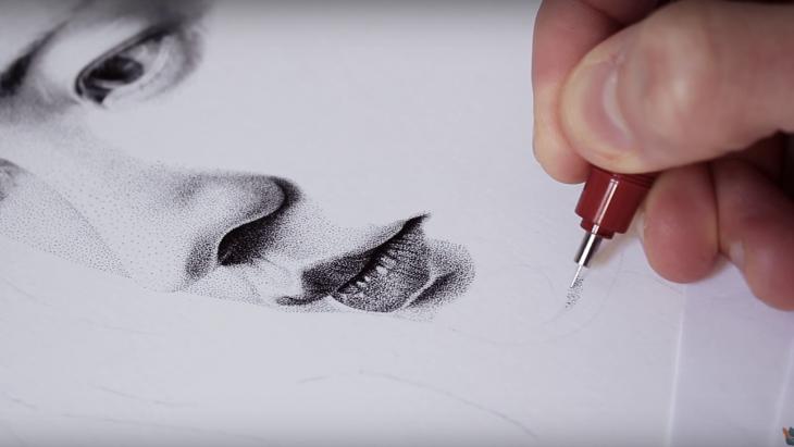 Kunstenaar maakt reclame met 2,5 miljoen gaatjes