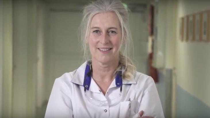Verpleegkundige uit video