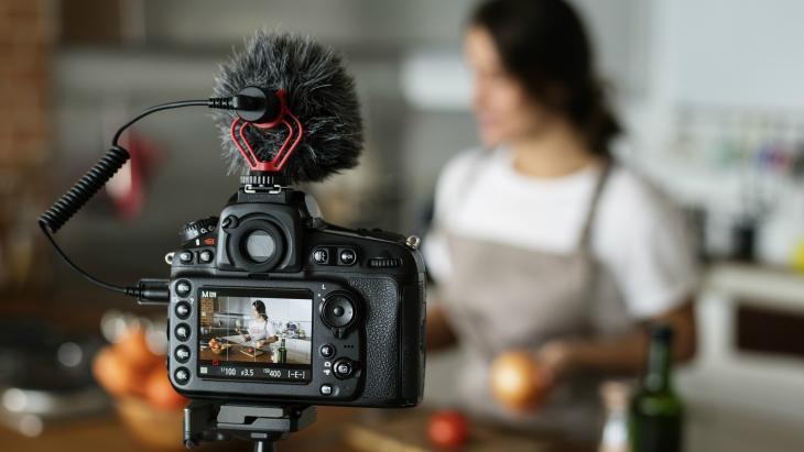 Vlogger aan het opnemen