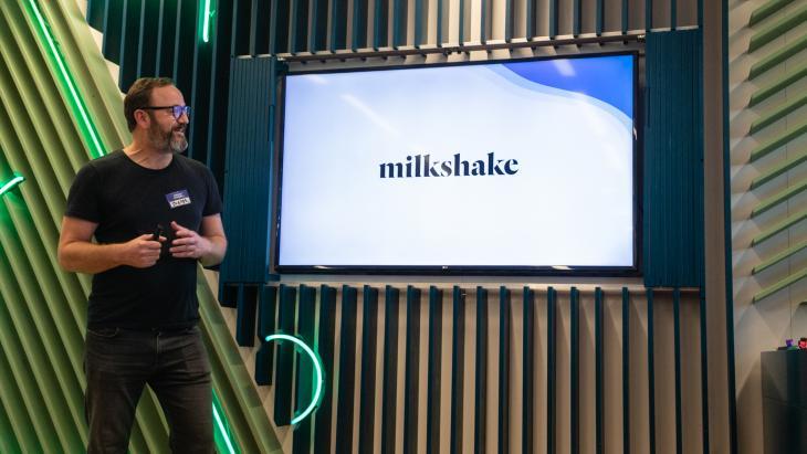 Jasper Olieroock bij officiële aftrap Milkshake Research