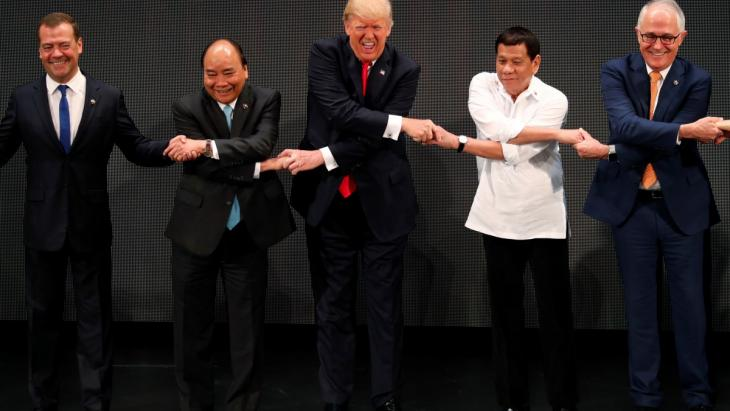 Rodrigo Dutarte, President of the Philippines, on the right of Donald Trump