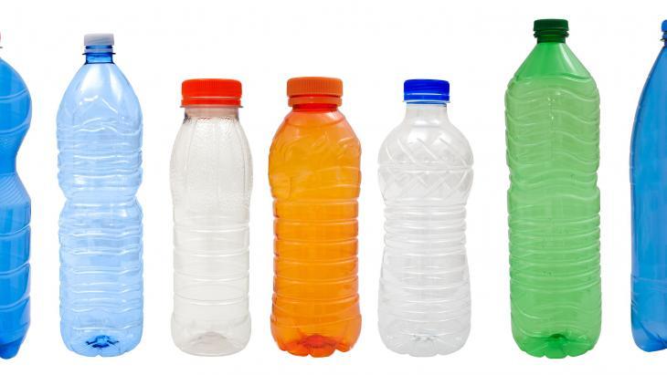 Recycling van plastic flessen