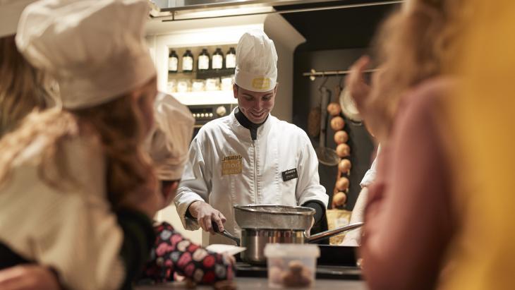Dylan Haegens als held in de keuken