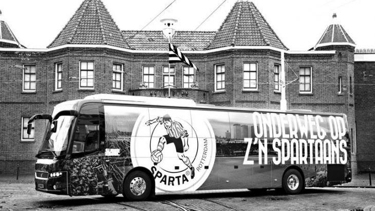 Sparta Rotterdam scoort ook buiten de lijnen