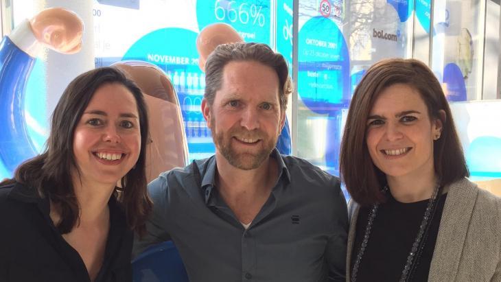 Willem-Jan Lems met links Sophia Kerkhof en rechts Maite Zubiaurre