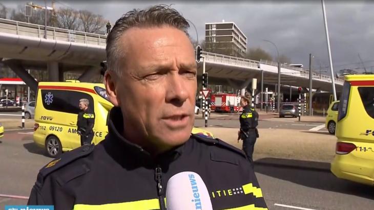 Politiewoordvoerder Bernhard Jens stond kort na de aanslag de media te woord