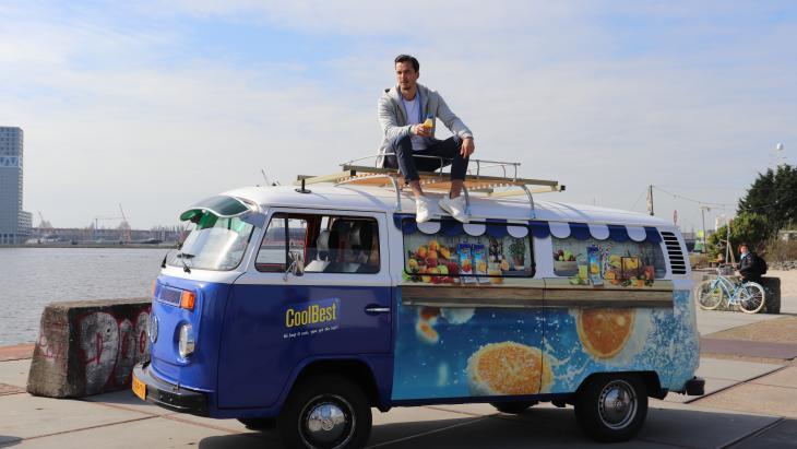 Riedel en ZIGT zetten in op millennials en boodschappers met kinderen om nieuwe smoothie in de markt te zetten.