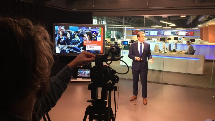 Live persconferentie CBS op Facebook met hoofdeconoom Peter Hein van Mulligen