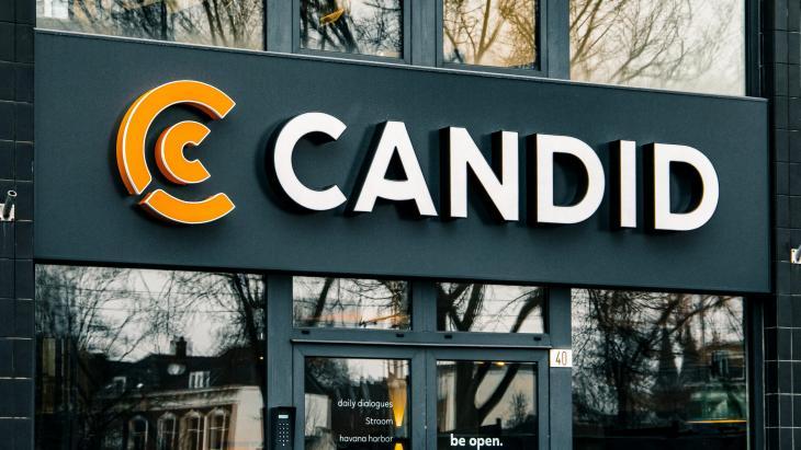 De deur van Candid Rotterdam, die spreekwoordelijk wordt geopend vandaag