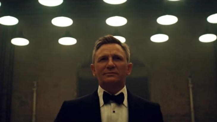 Daniel Craig als geheelonthouder