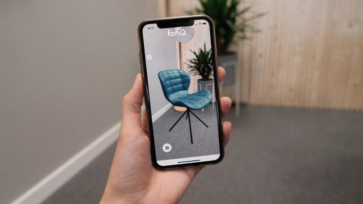 Fonq laat met AR stoel in je huis zien