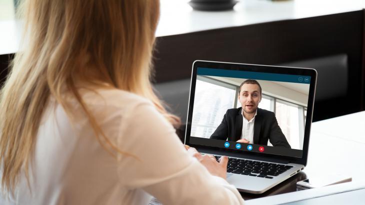 Dienstverlening wordt een mengvorm van persoonlijk en digitaal contact