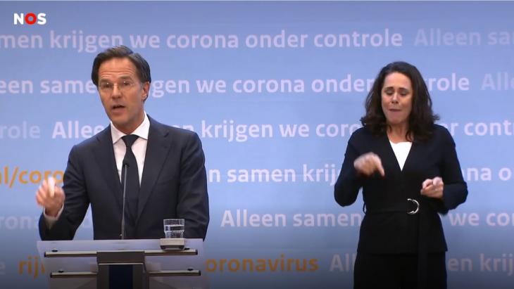 Mark Rutte tijdens de persconferentie van dinsdagavond.