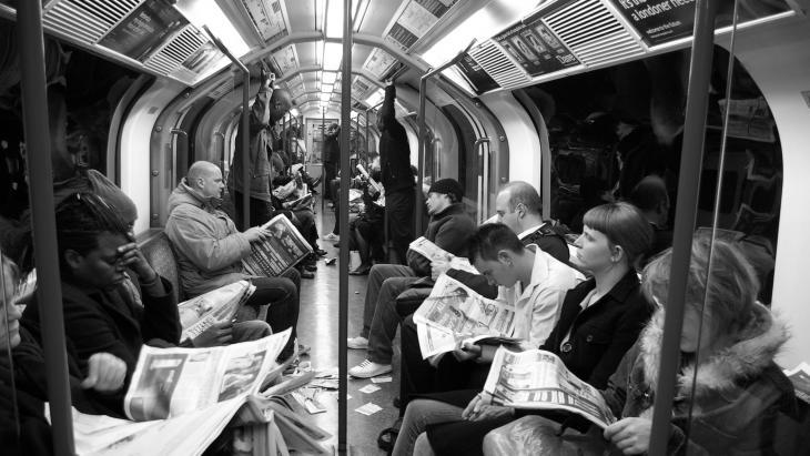 Lezers in  metro