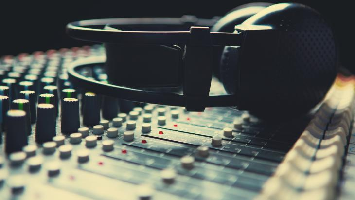 radio_123RF