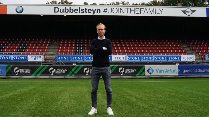 Daan Bovenberg in het stadion van Excelsior.