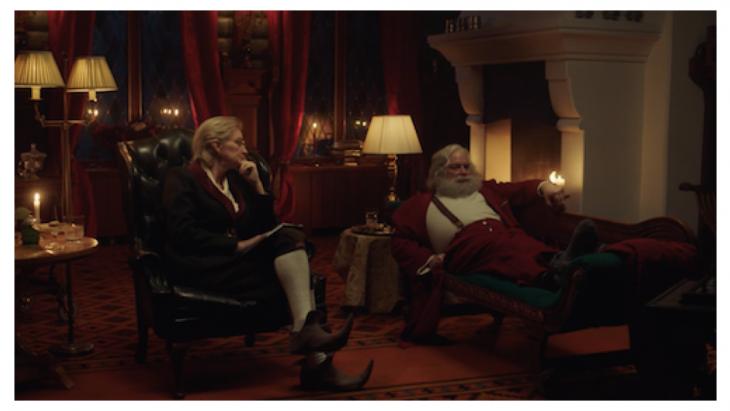Ludieke campagne toont boze Trumpkerstman die klaar is met Kerst