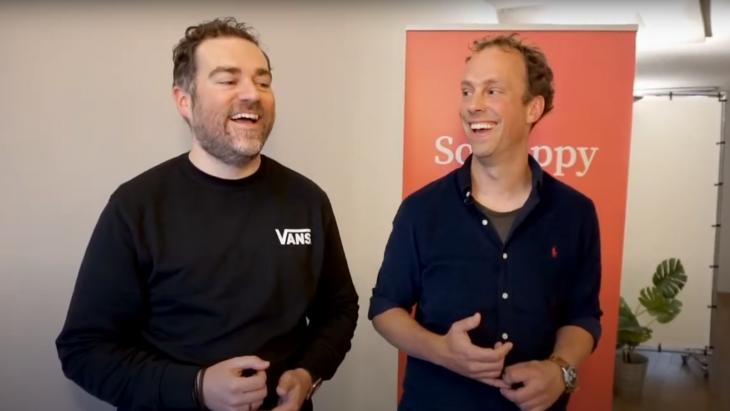 Klaas Dijkhoff (l) en Bas Erlings kort na een optreden op een evenement van  Sue Behavioural Design in 2019