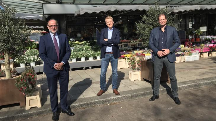 Otto van der Harst (SRC), Arno Lubrun (Facebook) en Erik van Engelen (BVA)