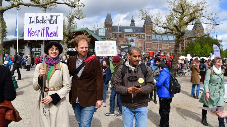 Wetenschappers tijdens een March for Science in 2017