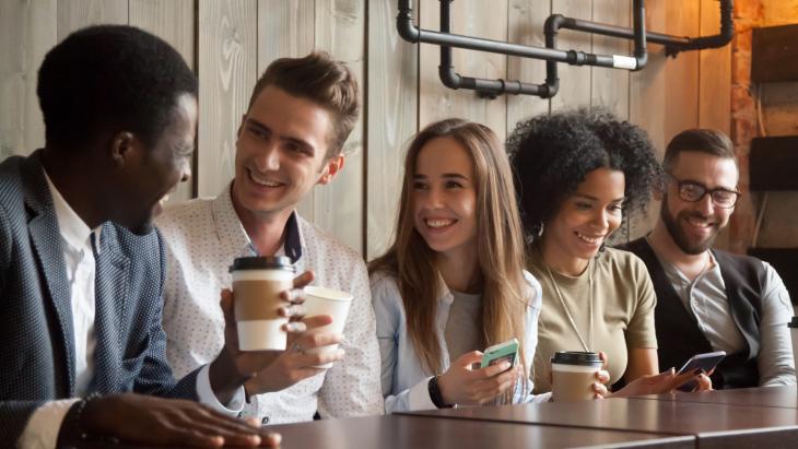 Helft jongeren bereid te betalen voor online nieuws