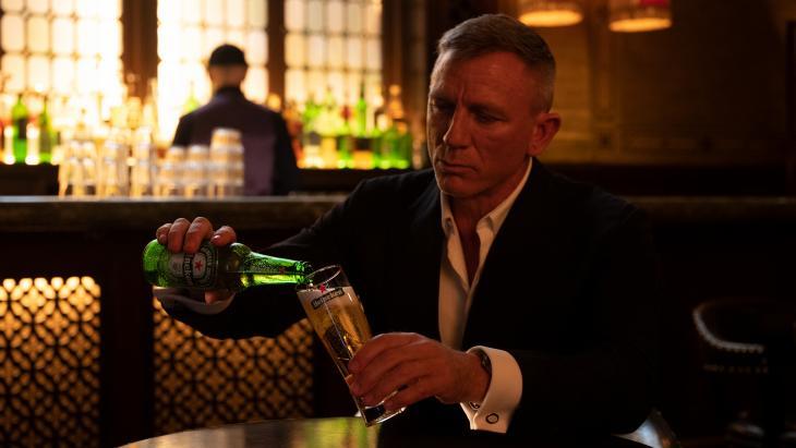 Heineken bewijst met James Bond dat wachten loont#Notimetodie