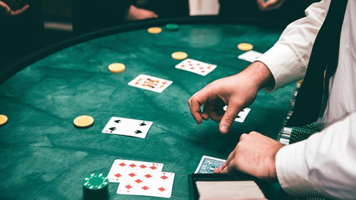Eindelijk duidelijkheid: Kansspelautoriteit publiceert regels adverteren online casino's