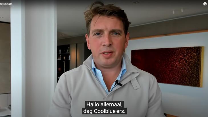 Pieter Zwart kondigt uitstel beursgang aan in video
